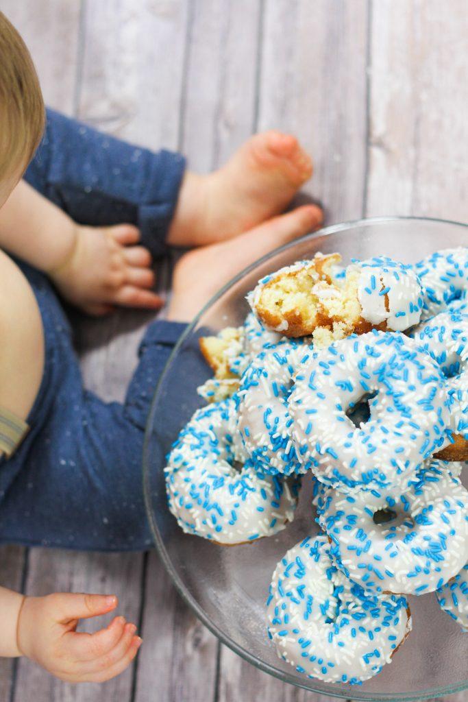 baby feet donuts